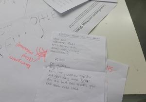 Verschiedene Gedichte, die während der Veranstaltung entstanden sind.