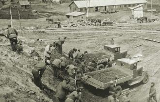 Der Alltag in den Lagern war gekennzeichnet von harter Arbeit.