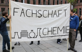 """Vor allem die Naturwissenschaften waren beim """"March For Science"""" in Freiburg stark vertreten."""