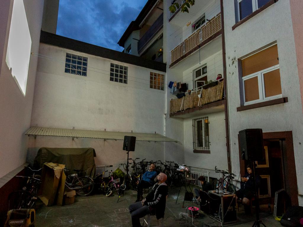 Kino auf Balkonien
