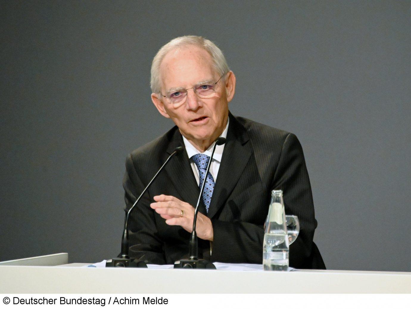 """""""Der Katastrophenfall darf den demokratischen Rechtsstaat nicht aus den Angeln heben"""""""