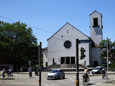 Kirche wird zum Hörsaal