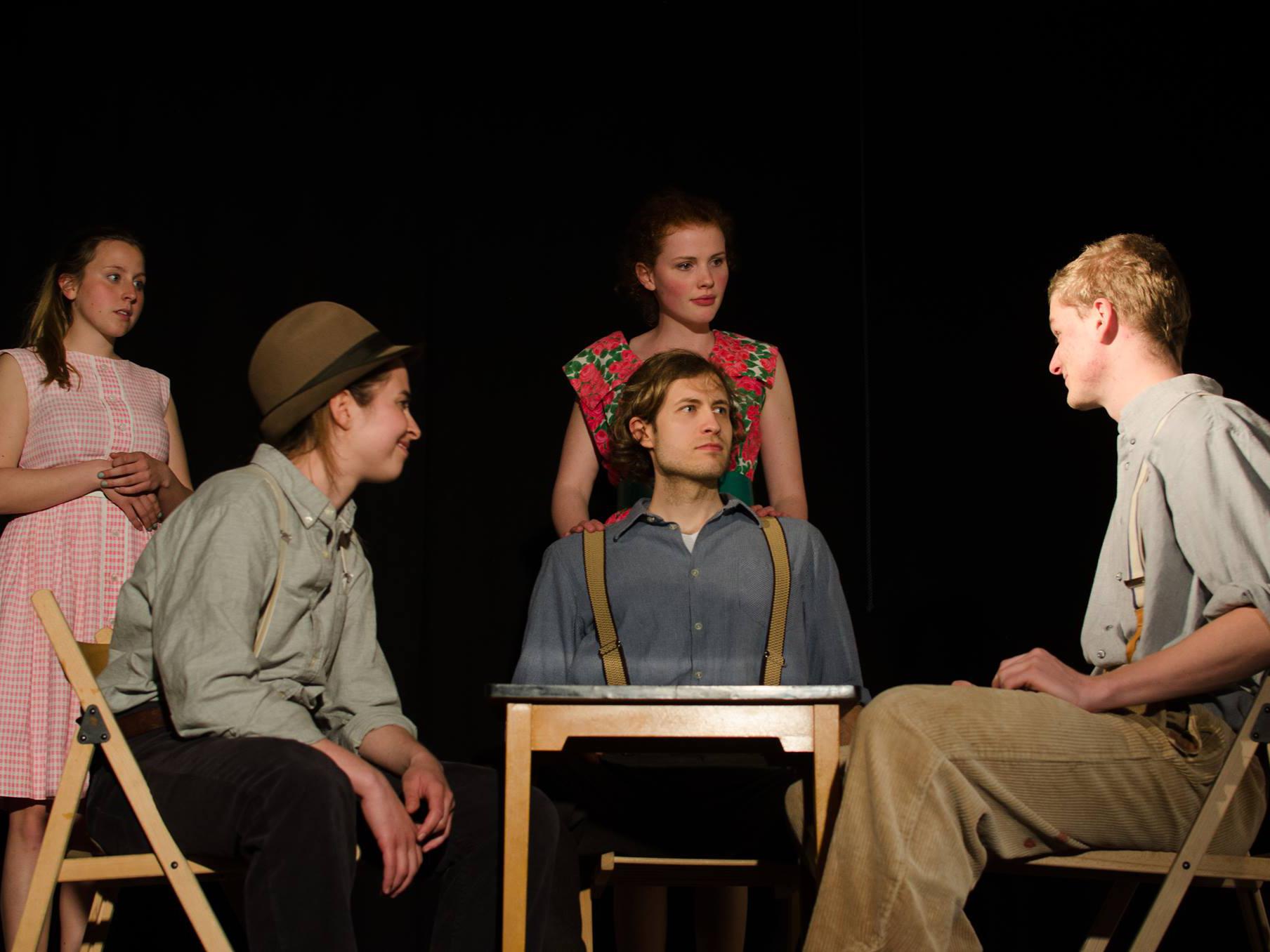 Theater Powse Mit Ein Blick Von Der Brcke Arthur Miller