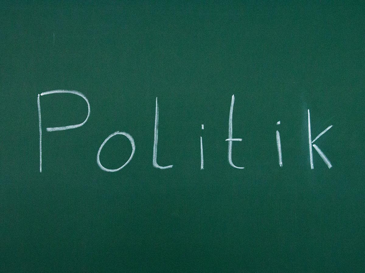 Was macht die Politik?