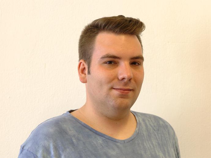 Christian Kröper, studiert an der Uni Freiburg und organisiert den Christopher-Street-Day