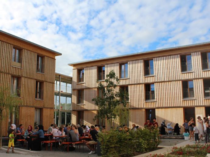 Gemeinsam leben: Multikulturelles Wohnheim