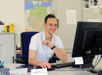 Julian Gassner, Student und Rezeptionist im Studierendenwerk
