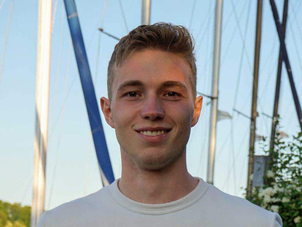 Julius Saul, Studierender und Rettungsschwimmer
